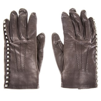 brown-leather-studded-gloves