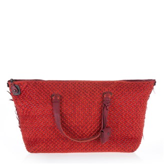 red-dotted-tote