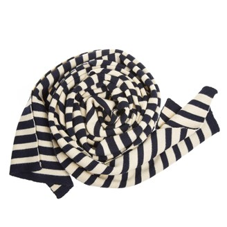 navy-and-white-wool-scarf