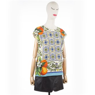 multicolored-printed-top