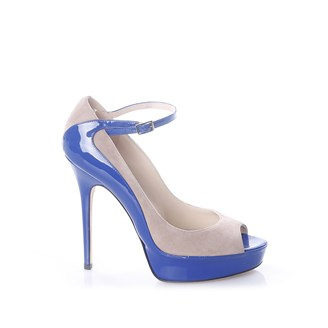 beige-suede-and-electric-blue-sandals